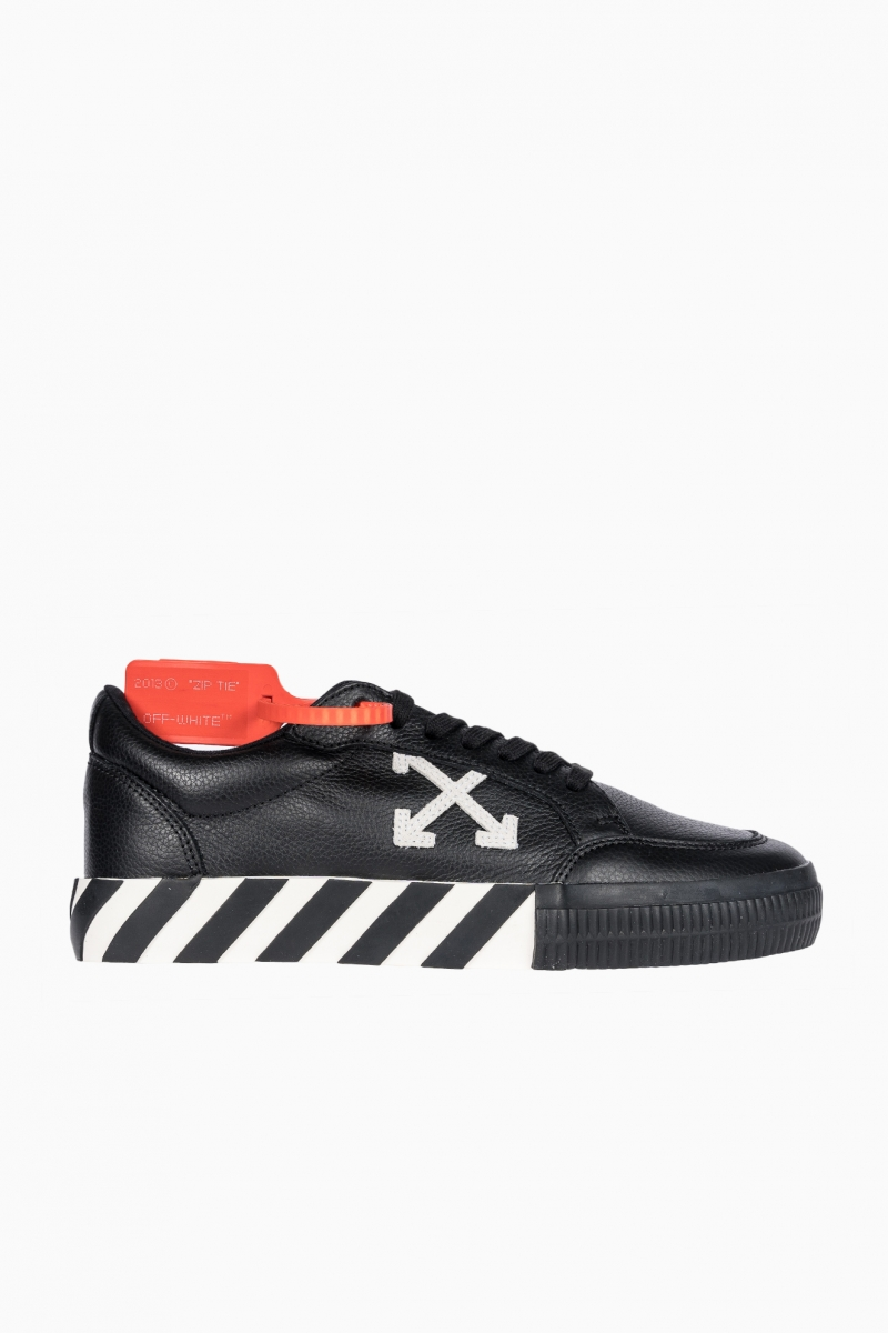 OFF-WHITE VULC LOW TOP MAN SNEAKERS