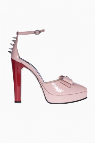 WOMEN GUCCI LEATHER SHOES WITH TARGETS