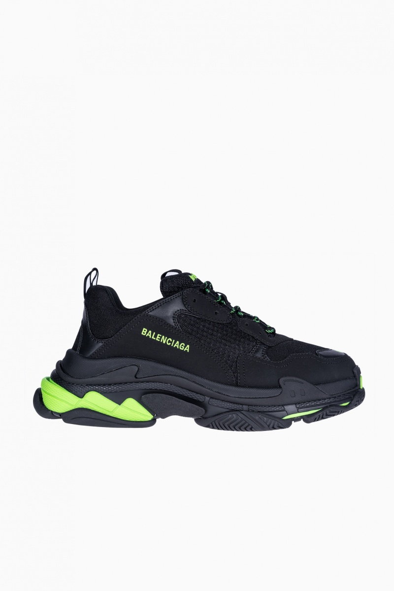 BALENCIAGA TRIPLE S MAN SNEAKERS
